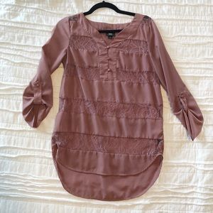 Mossimo 1/2 button blouse with lace detail